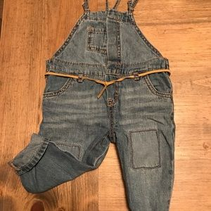 Adorable osh kosh overalls with dainty belt